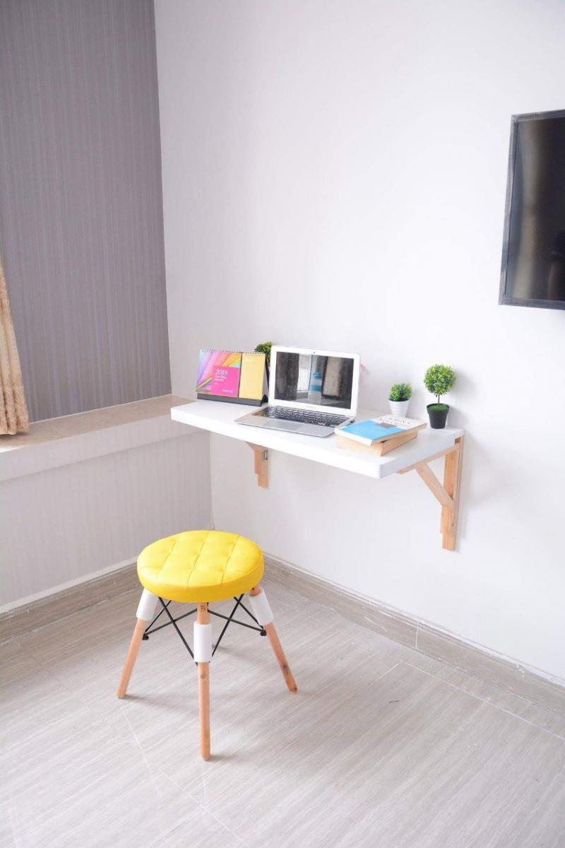 Bàn gấp treo tường màu trắng 50 X 100 cm
